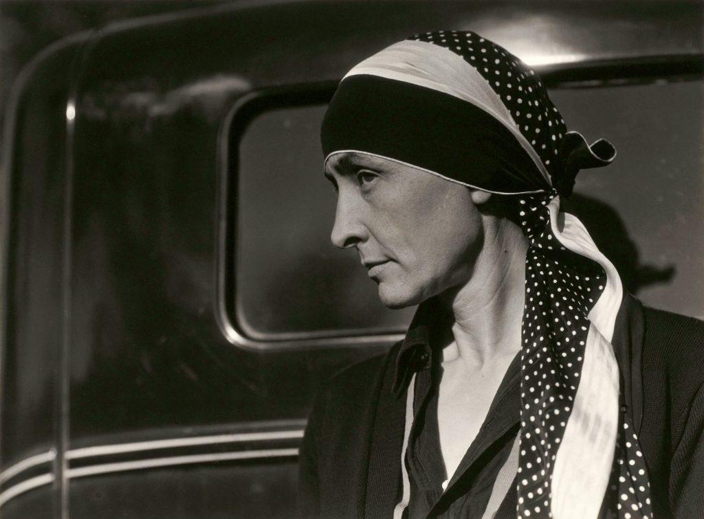 O'Keeffe in headscarf